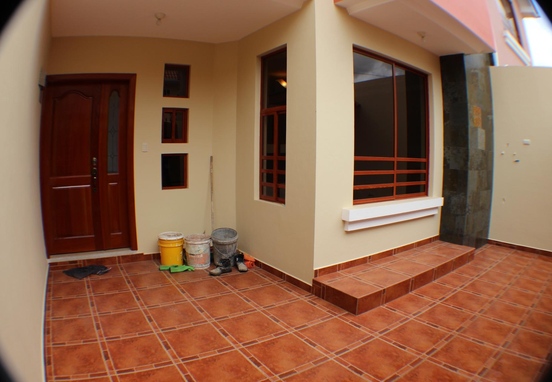 Linda Casa en Narancay