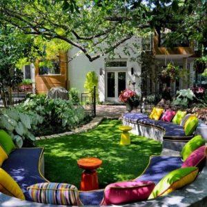 Decorar-Jardines-y-terrazas-con-mucho-color-2-580x580