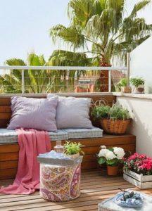 Balcón-sencillo-en-tonos-pastel