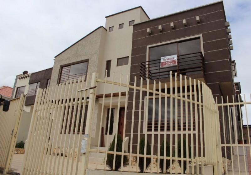 4 Dormitorios , Villa, En Venta, 2 Baños Completos, Código Inmueble 1001, misicata, Cuenca, Azuay,