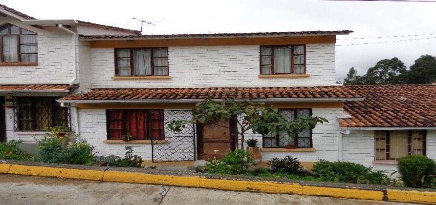 3 Dormitorios , Villa, En Venta, 1 Baños Completos, Código Inmueble 1225, Control Sur, Cuenca, Azuay,