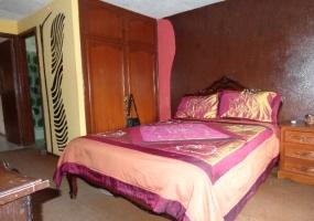 6 Dormitorios , Casa, En Venta, 3 Baños Completos, Código Inmueble 1249, Totoracocha, Cuenca, Azuay,