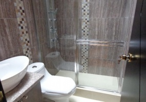 4 Dormitorios , Villa, En Venta, 3 Baños Completos, Código Inmueble 1259, Ricaurte, Cuenca, Azuay,