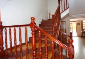 4 Dormitorios , Villa, En Venta, 3 Baños Completos, Código Inmueble 1264, Totoracocha, Cuenca, Azuay,